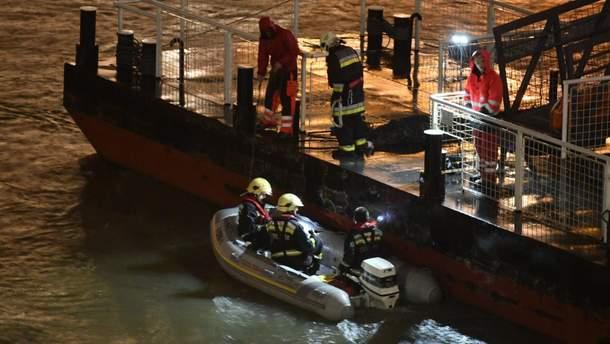 В Будапеште затонул катер с туристами - видео аварии судна 29 мая 2019