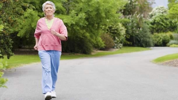 Скільки кроків повинна пройти жінка, щоб знизити ризик смерті