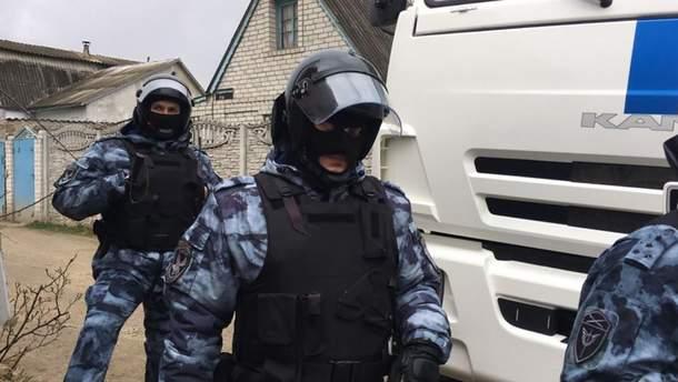 У Криму російські силовики затримали кримськотатарських активісток