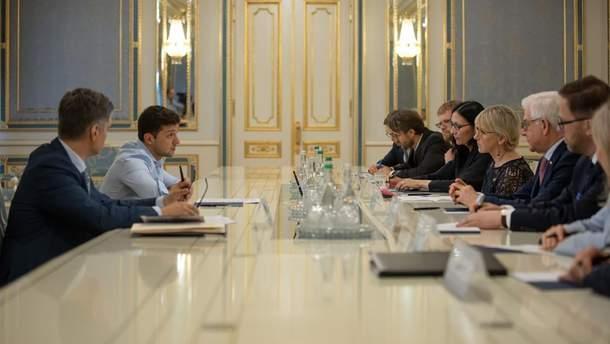 Зеленский встретился с главами МИД Польши и Швеции