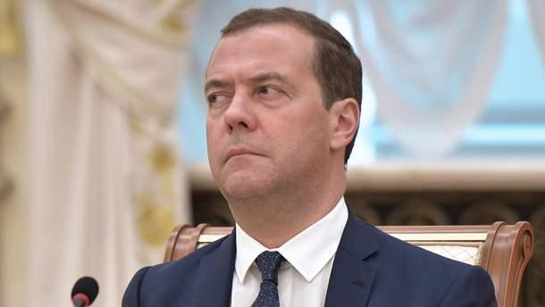 Медведєв назвав недалекоглядним виведення Медведчука з переговорів