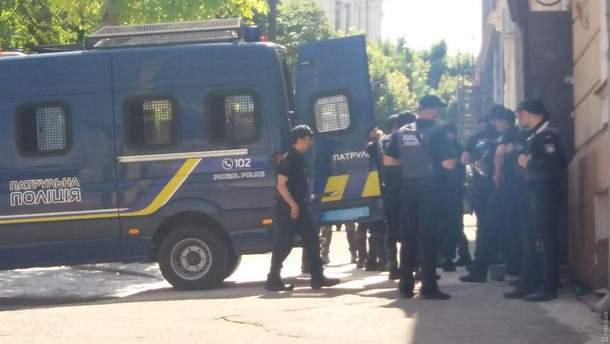 Столкновения возле медуниверситета Одессы