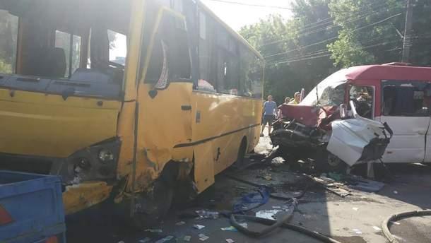 ДТП у Боярці 4 червня 2019 з двома автобусами - 26 постраждалих - фото