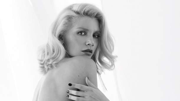 Миша Романова снялась в сексуальной фотосессии для XXL