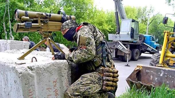 Бойовики випустили ПТРК по авто з українськими військовими: двоє загинули, одного поранено