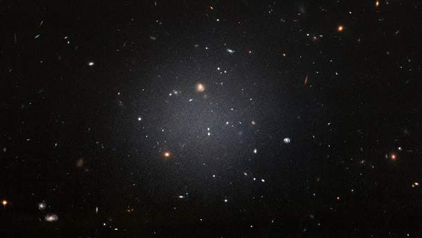 Галактика таки имеет черную материю