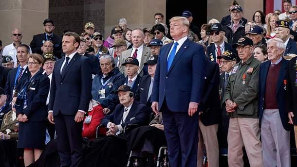 Макрон и Трамп во время празднования годовщины Нормандской операции поговорили об Украине