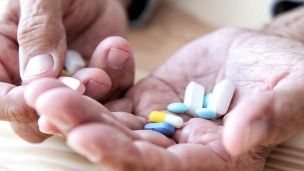 Популярні ліки вдвічі збільшують ризик перелому