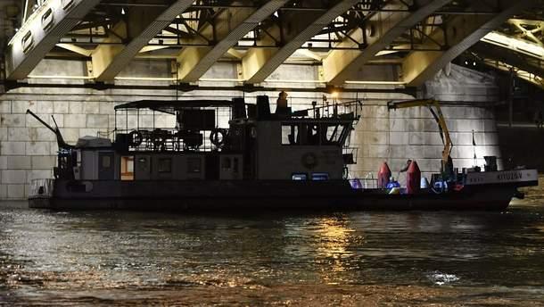 Рятувальники продовжують підготовку до підйому судна