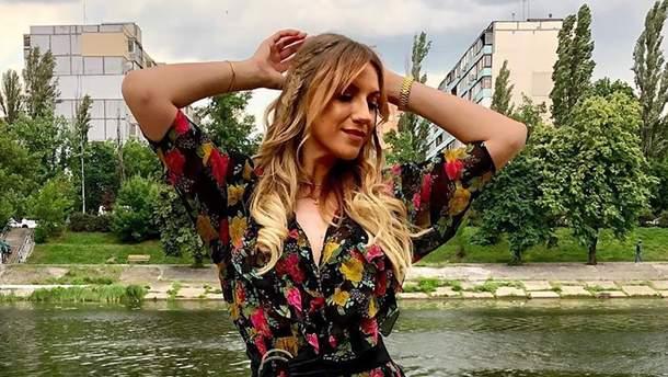 Леся Нікітюк перешила вбрання мами