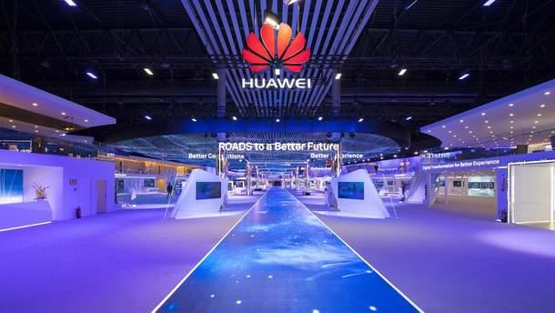 Huawei планирует отказаться от Google Play