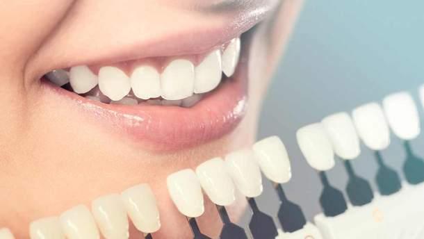Які фактори впливають на колір зубів