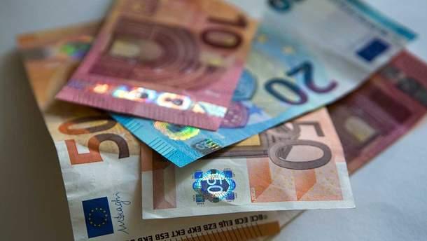 Наличный курс валют - курс доллара и евро на 12 июня 2019