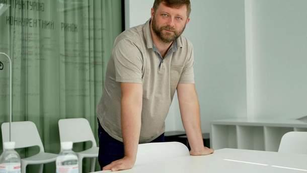 """Керівник штабу партії """"Слуга народу"""" Олександр Корнієнко"""