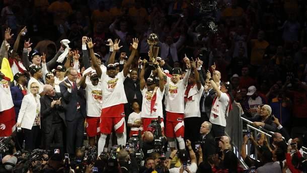 """Баскетболисты """"Торонто"""" установила несколько рекордов НБА благодаря победе в чемпионате"""