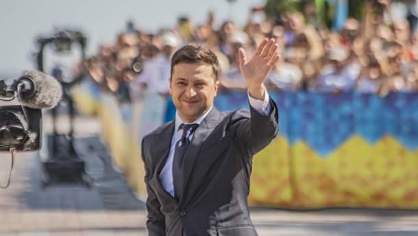 """Голобородько VS Зеленський: як """"Слуга народу"""" підіймає собі рейтинг"""