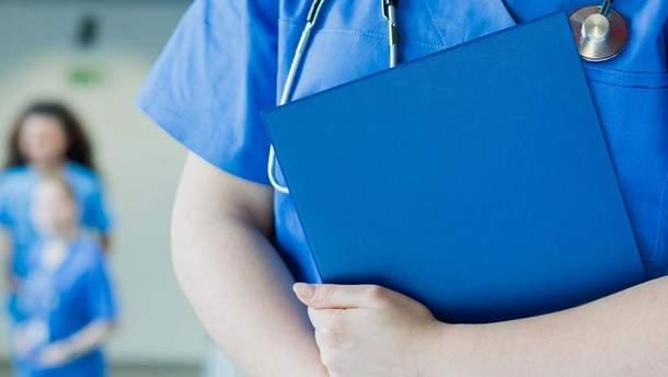У Британії 5 пацієнтів харчувалися у лікарні і померли