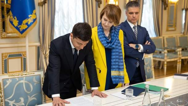 Зеленский подписал указ об увольнении Сагача с должности посла Украины в Швеции