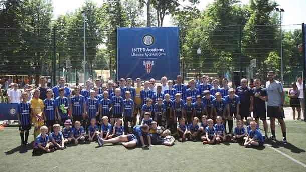 """Італійський """"Інтер"""" офіційно відкрив академію в Харкові й провів перше тренування: фото"""