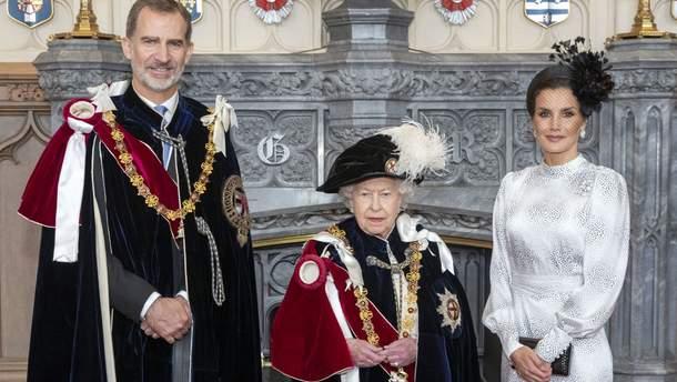 Королевская чета Испании на встрече с Елизаветой II