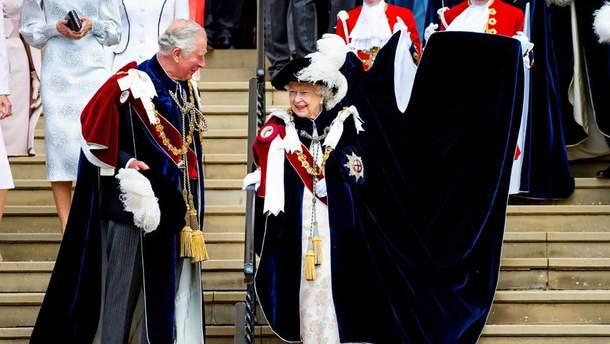 Елизавета II на торжественном параде
