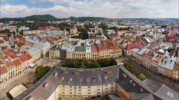 До Львова приїхала туристична група з дітей-переселенців