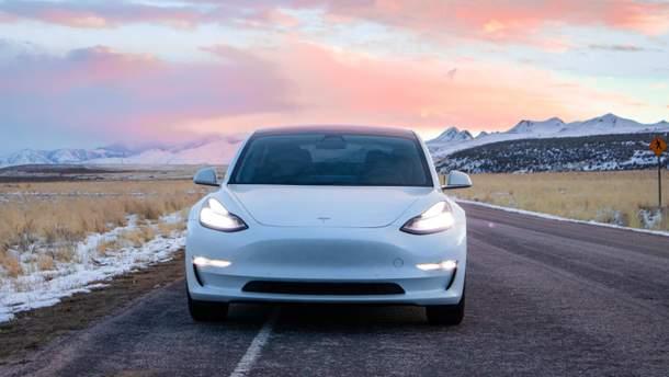 Tesla офіційно продає б/у автомобілі: ціни доволі привабливі
