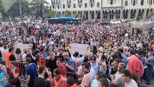 У Грузії знову спалахнули протести