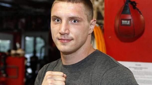Непереможний український супертяж не залишив живого місця від російського боксера: відео