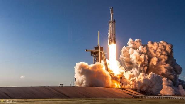 Запуск ракети Falcon Heavy