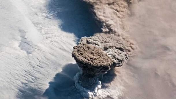 Извержение Райкоке