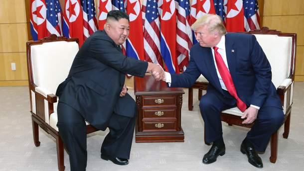 Трамп та Кім Чен Ин домовились про ядерні переговори