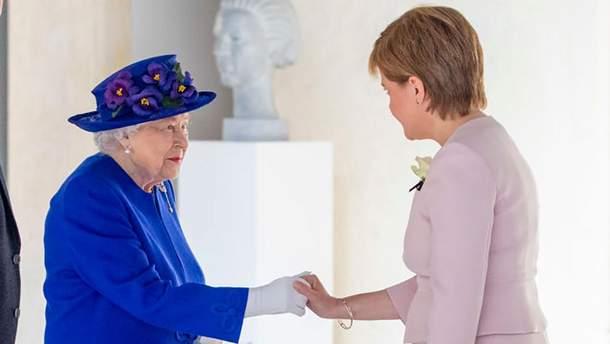 Єлизавета ІІ в Единбурзі