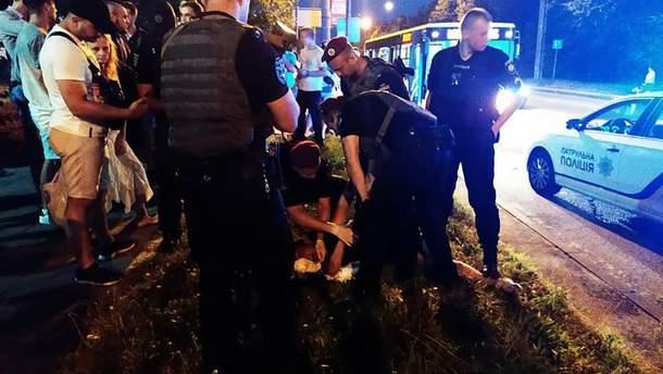 Во Львове 19-летний парень устроил стрельбу в маршрутке