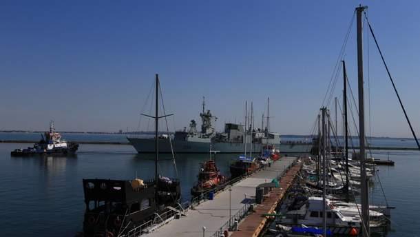 Військові кораблі НАТО прибули до України
