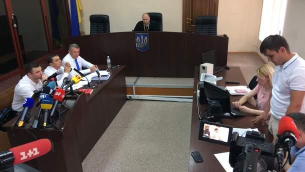 Суд щодо арешту майна Ющенка