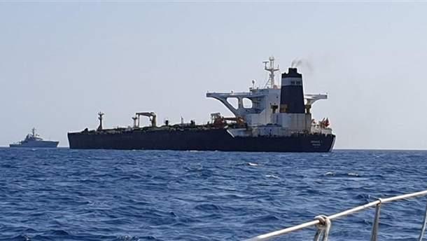Среди членов задержанного в Гибралтаре судна были украинцы