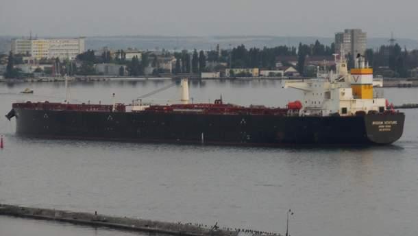В порту Одессы пришвартовался танкер с американской нефтью