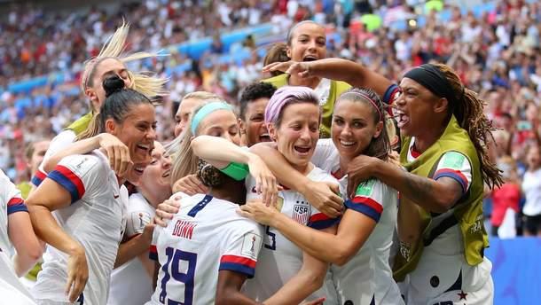 Сборная США по футболу в четвертый раз выиграла женский чемпионат мира
