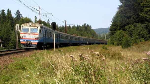 Под Киевом парень попал под поезд