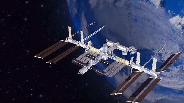 Видео дня: как движется капля воды в космосе