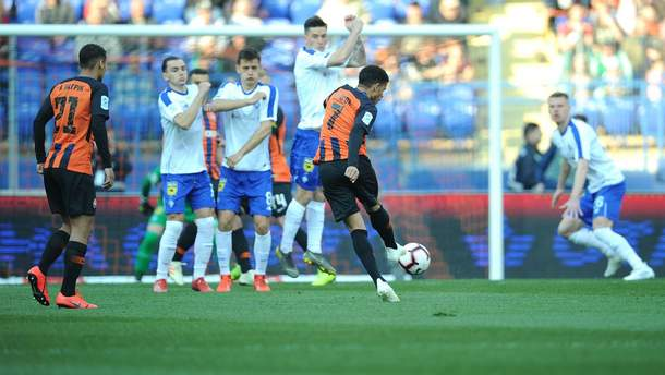 Чемпионат Украины по футболу официально решили расширить