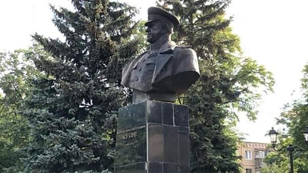 В Харькове восстановили памятник Георгию Жукову