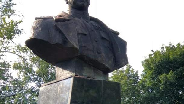 Пам'ятник Жукову в Харкові