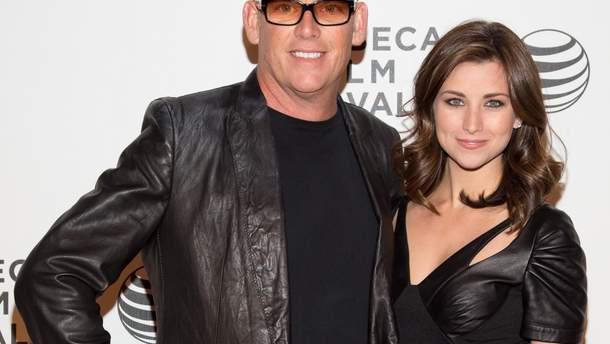 Майк Флейс і його дружина Лора