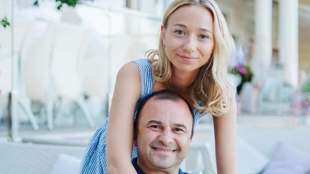 25-летняя девушка Виктора Павлика опровергла слухи о свадьбе