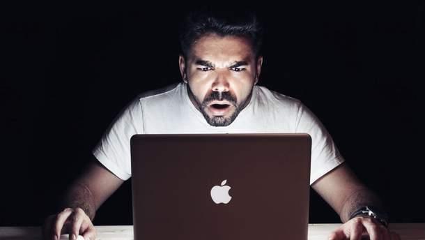 Google та Facebook збирають дані про перегляд порно