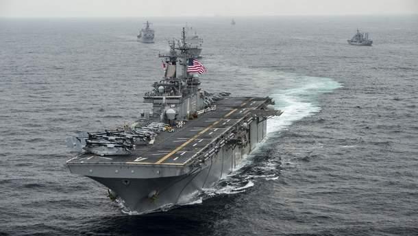 Корабль ВМС США USS Boxer