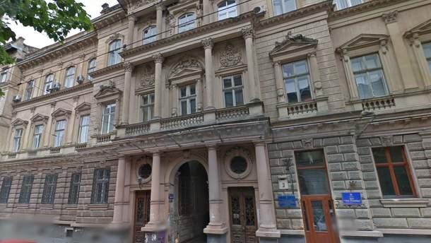 Афера століття: схемщиці у Львові відсудили в облради майно, яке самі ж і вкрали