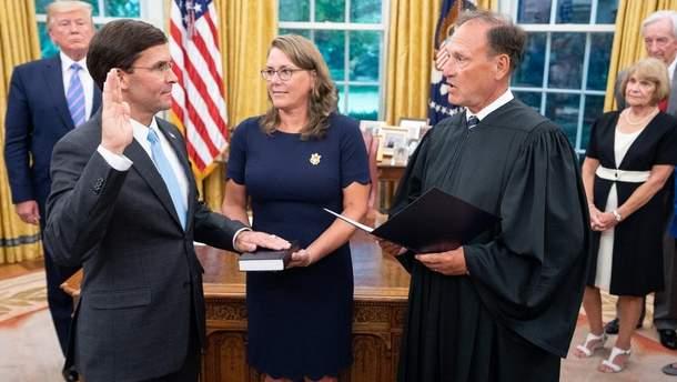 Марк Еспер офіційно обійняв посаду Міністра оборони США